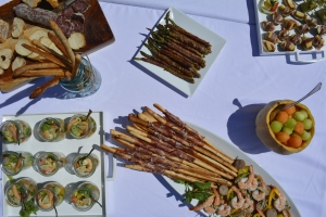 Ceviche, Roasted Asparagus, Breadsticks and other appetizers.